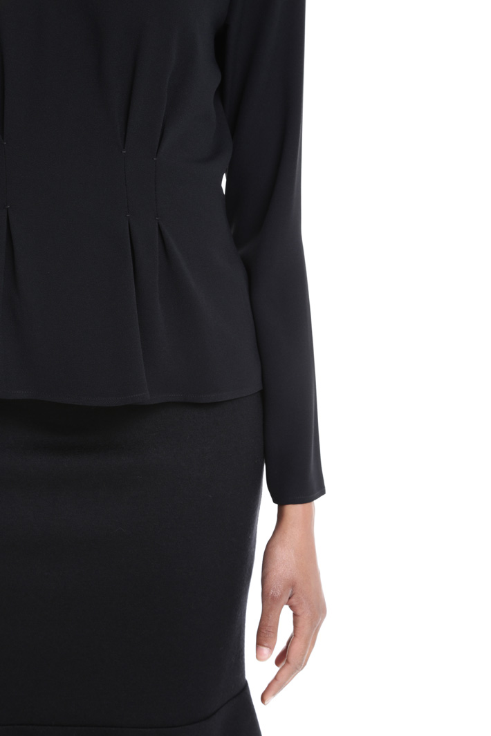 Pleated waist blouse Intrend