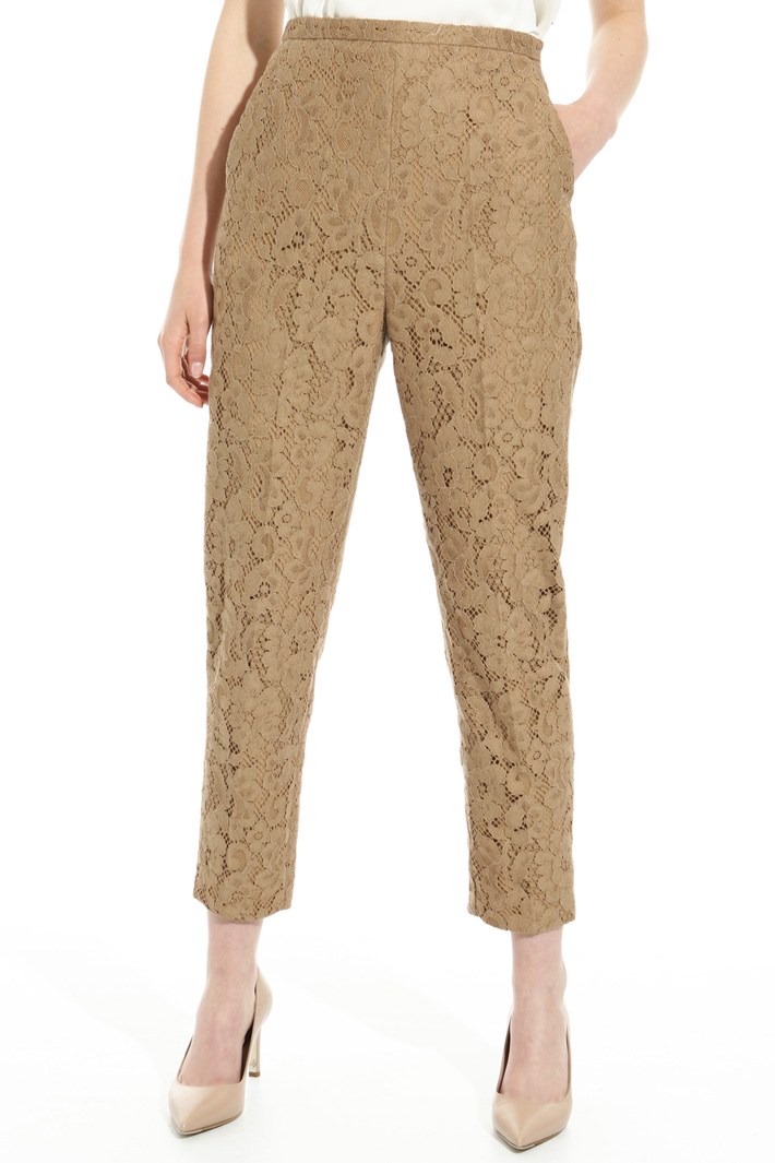 Lace rebrodé trousers Intrend