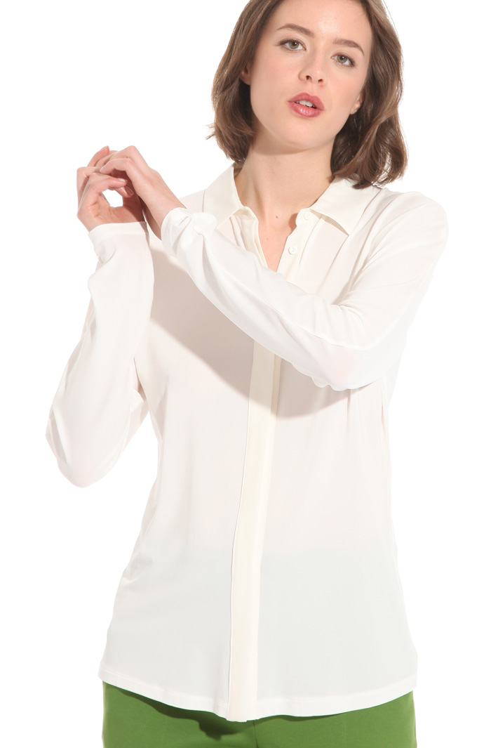 Shirt with silk detailing Intrend