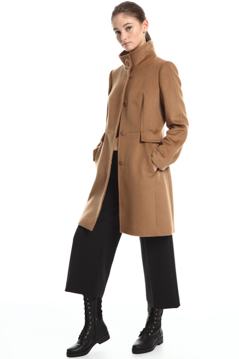 Wool velour coat Intrend