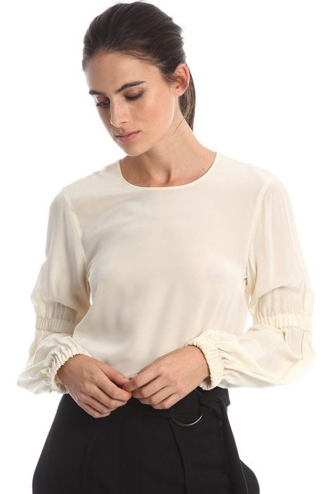 Blusa in crepe de chine Intrend