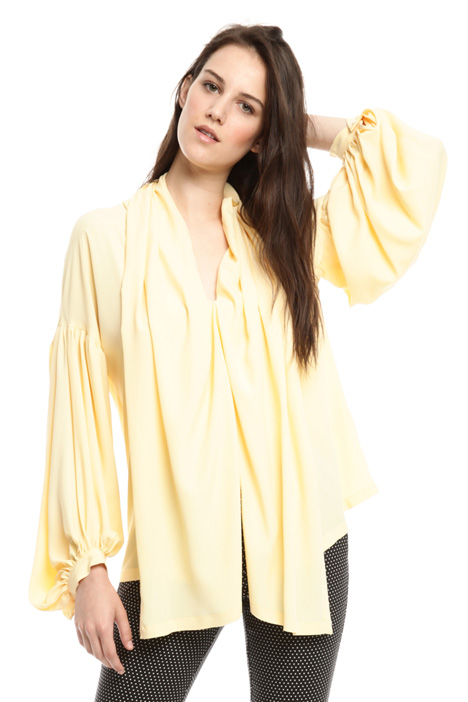 Blusa over in crepe di seta Intrend