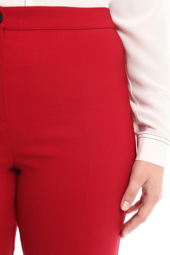 Pantalone in tessuto stretch Intrend