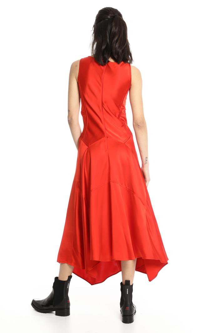 Compact satin dress Intrend