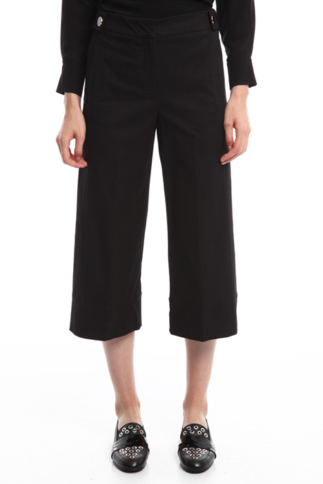 Pantalone cropped in gabardine Intrend