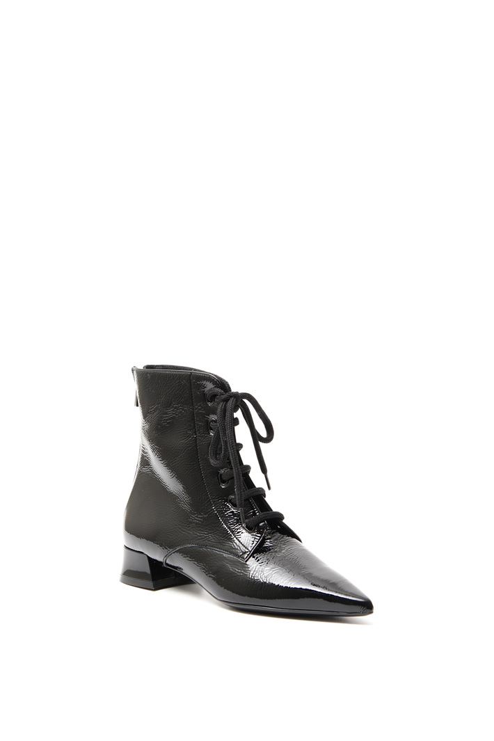 Laced ankle-boots Intrend