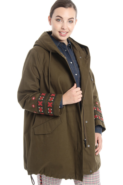 Embroidered parka coat Intrend