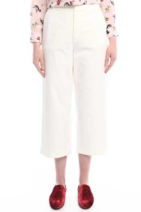 Pantaloni cropped in gabardina Intrend