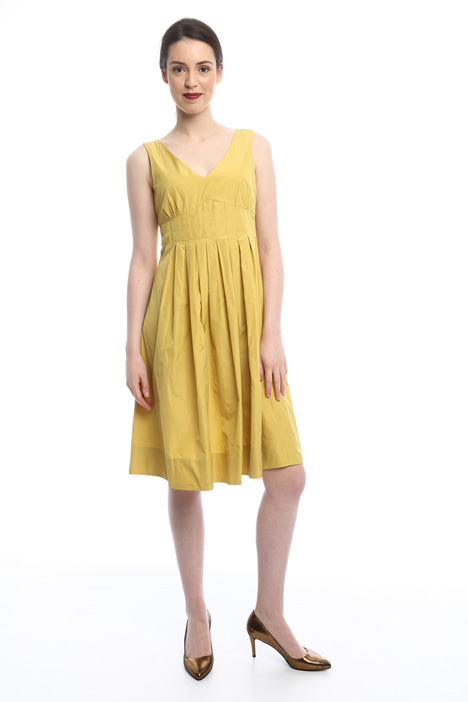 Flared sleeveless dress Intrend