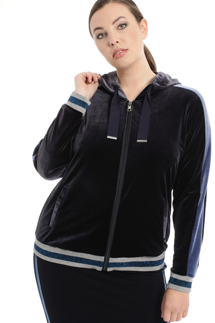 Hooded chenille sweatshirt Intrend