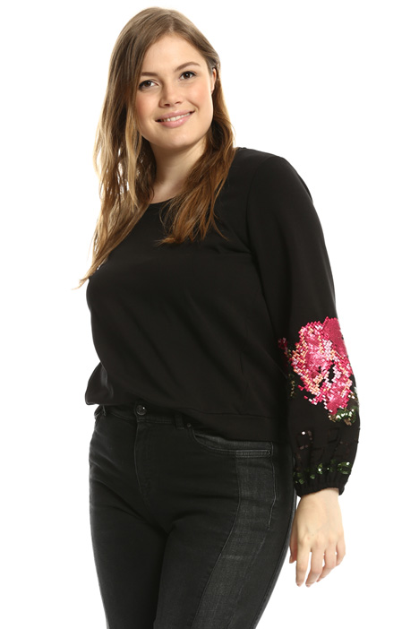Embroidered sleeve sweatshirt Intrend