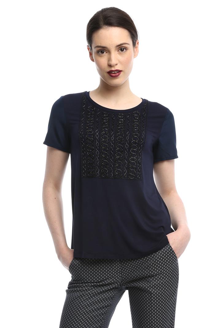 T-shirt con maniche ricamate Intrend