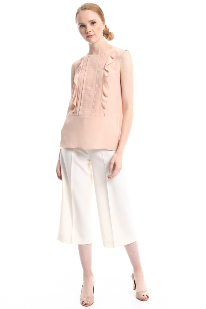 Ruffled blouse with plissé Intrend