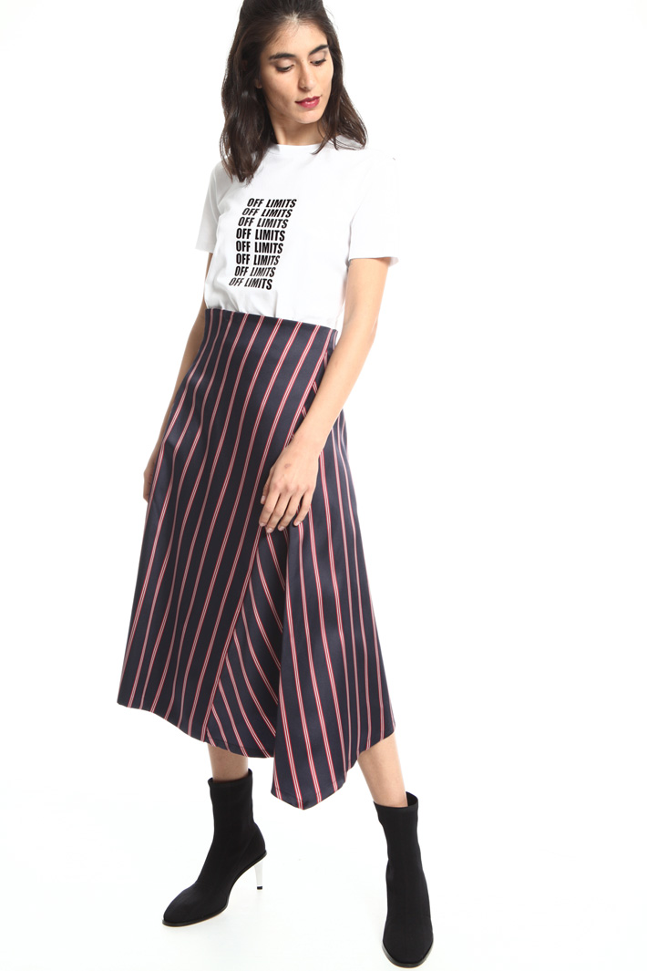 Asymmetrical skirt Intrend