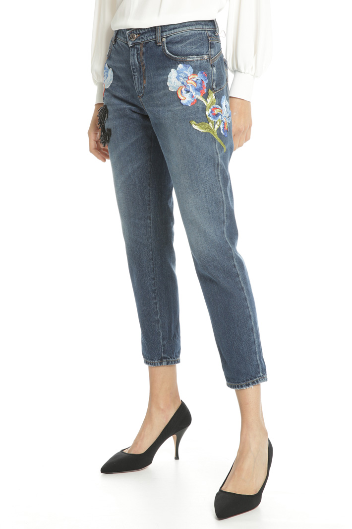 Embroidered jeans Intrend