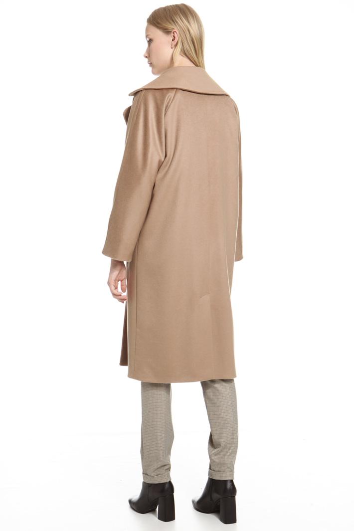 Wide lapel coat Intrend