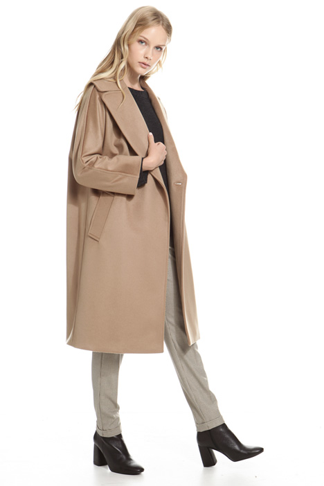 Cappotto con maxi revers Intrend