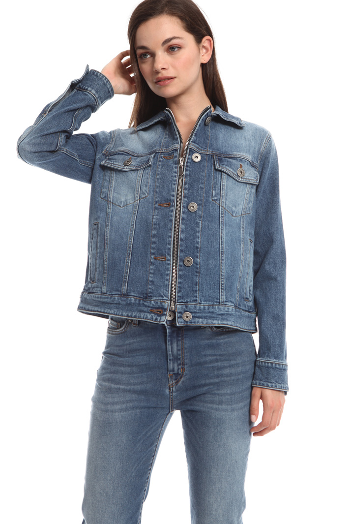 Boxy fit denim jacket Intrend
