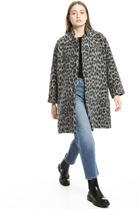 Wool coat with animal print Intrend