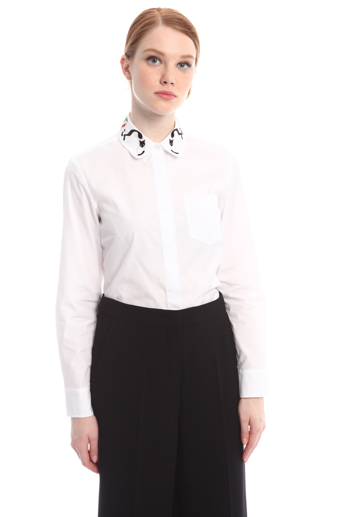 Shirt with embroidered collar  Intrend
