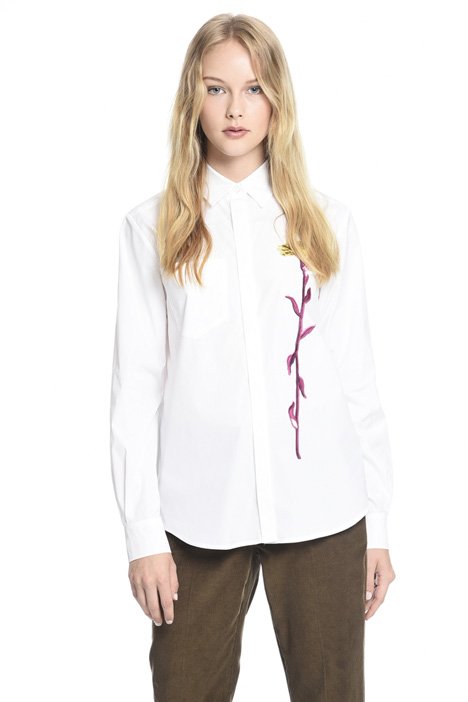 Shirt with floral embroidery Intrend