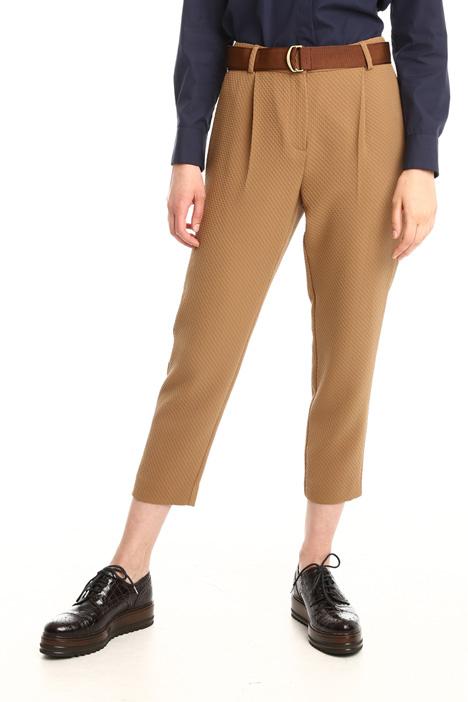Pantaloni in tessuto a rilievo Intrend