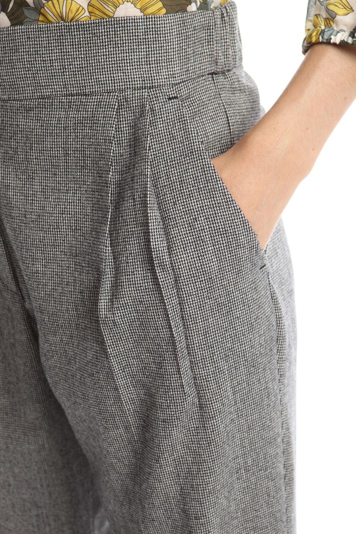 Pantaloni a carota in flanella Intrend