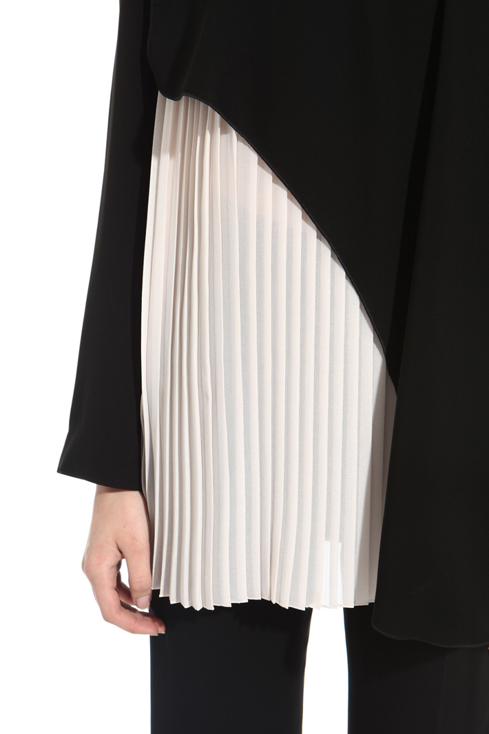 Pleated effect blouse Intrend