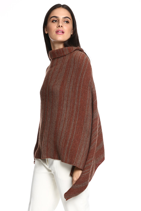 Knitted poncho Intrend