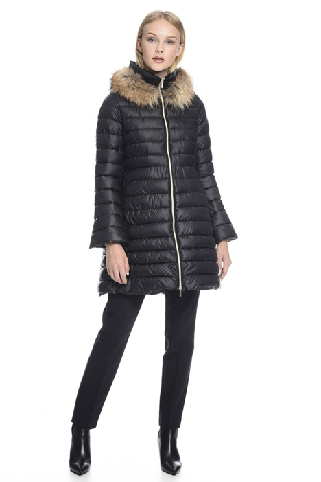 Flared quilted coat Intrend