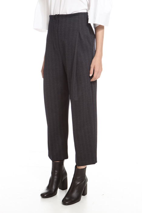 Cropped chevron trousers Intrend