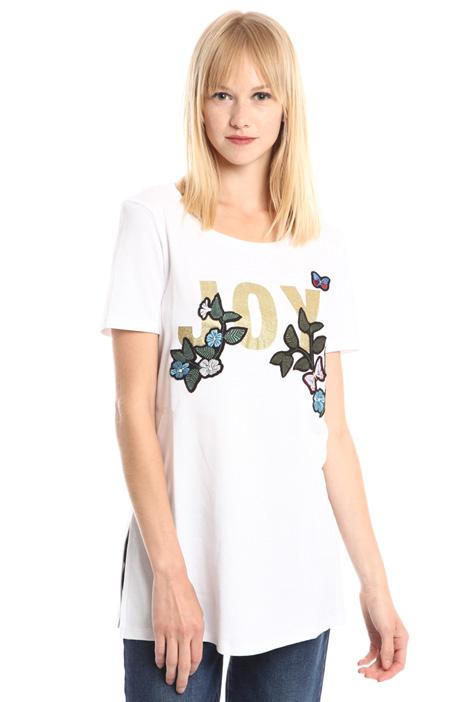 T-shirt con stampa glitter Intrend