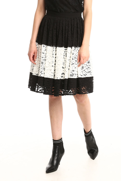 Colour-block lace skirt Intrend