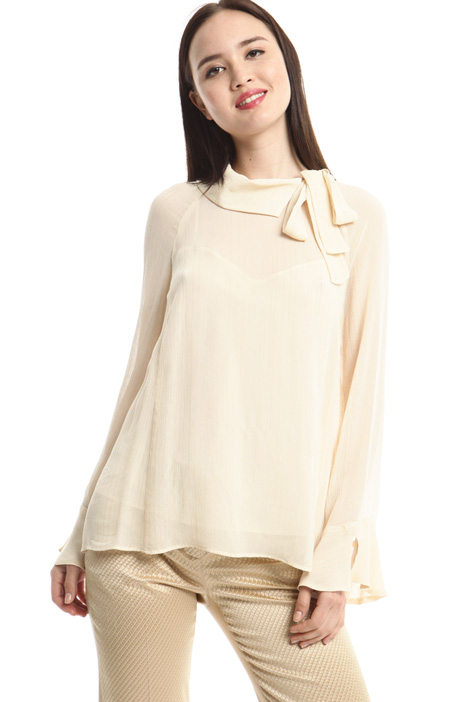 Blusa in creponne lamé Intrend