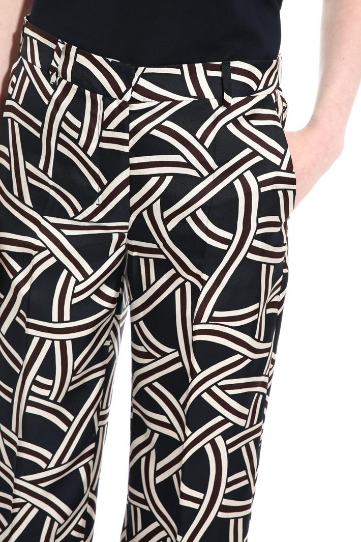 Pantaloni in twill di seta Intrend