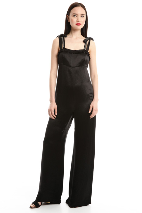 Fluid satin jumpsuit Intrend