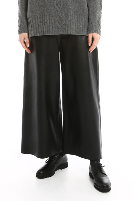 Coated palazzo trousers Intrend