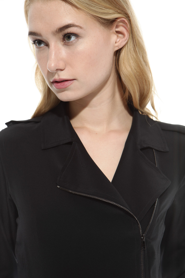 Silk shirt with zip Intrend