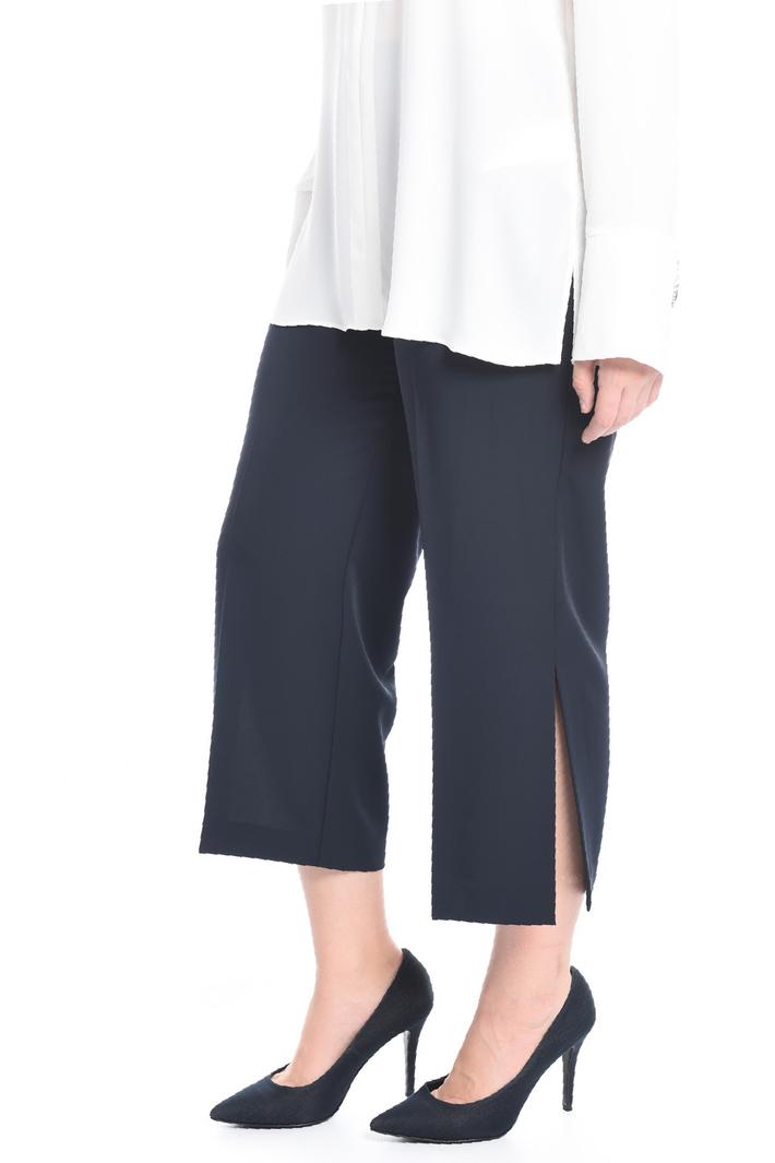 Pantalone cropped con spacchi Intrend
