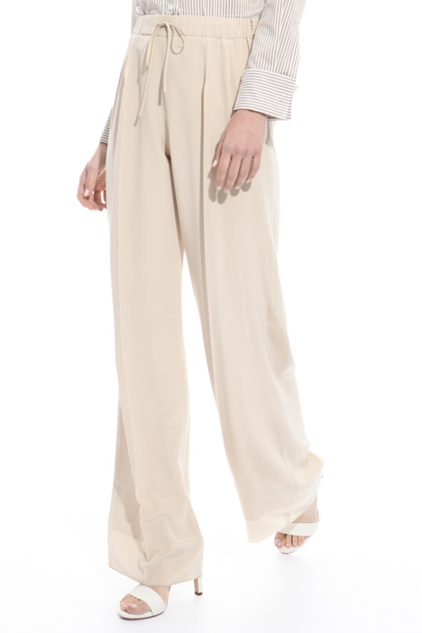Fluid trousers in pure silk Intrend