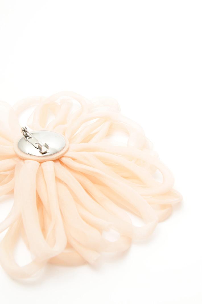 Spilla fiore in organza Intrend