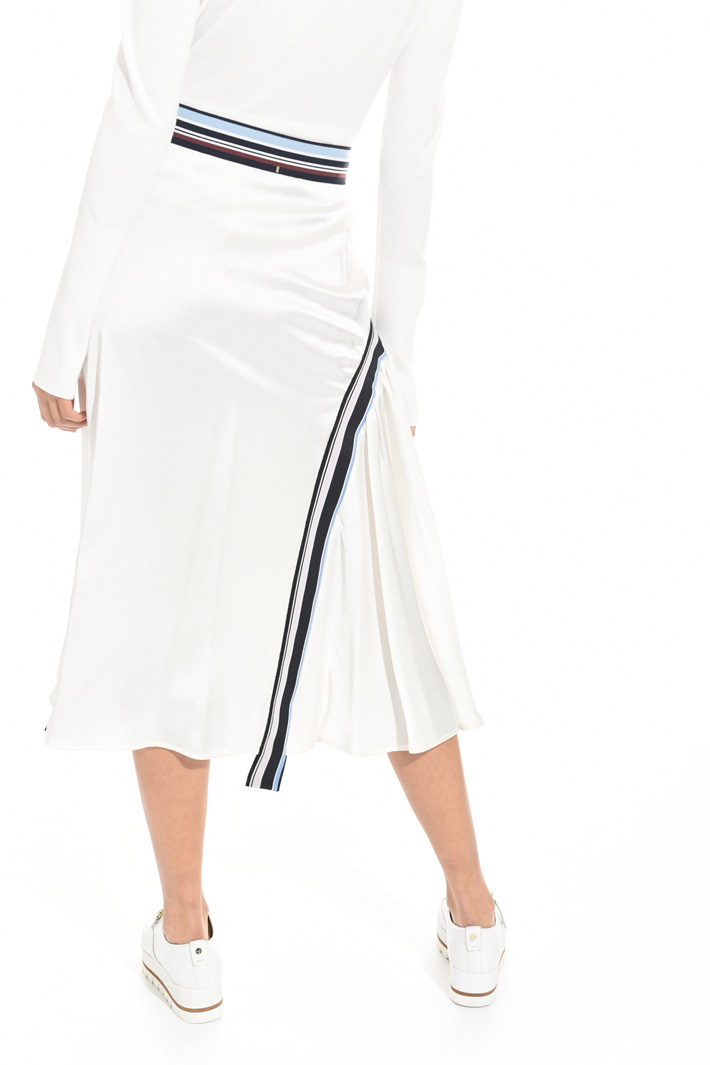 Skirt with elastic inlays Intrend