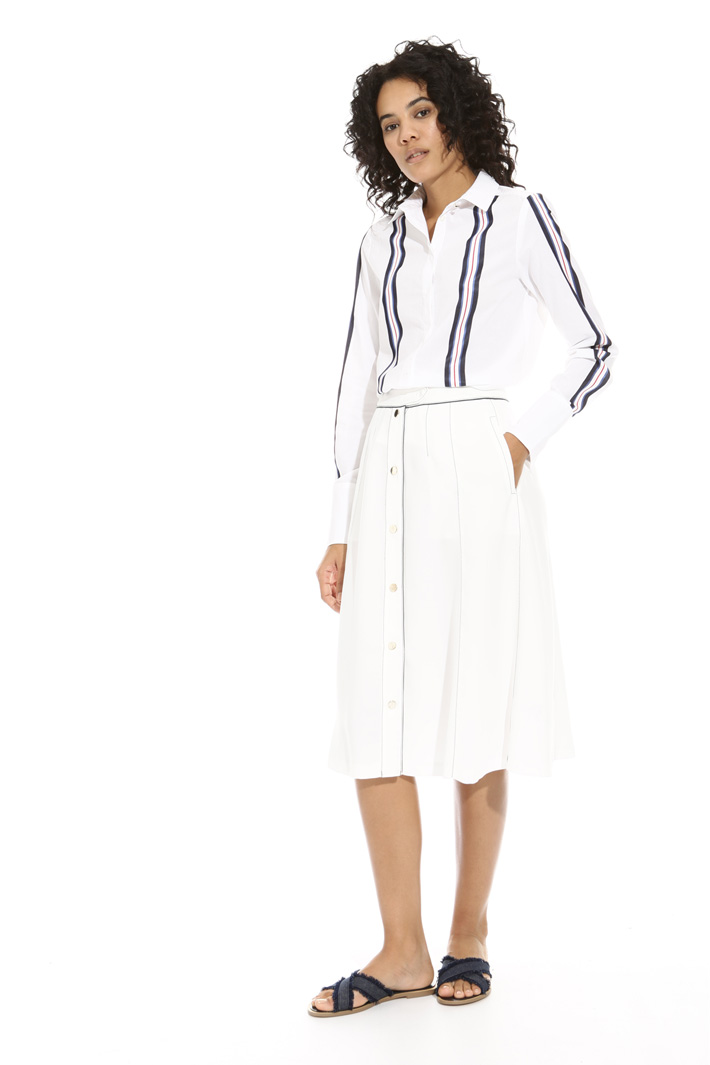 Contrasting stitch skirt Intrend
