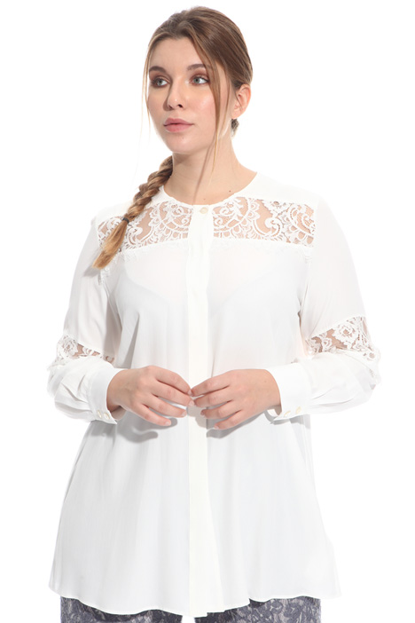Shirt with lace inserts Intrend
