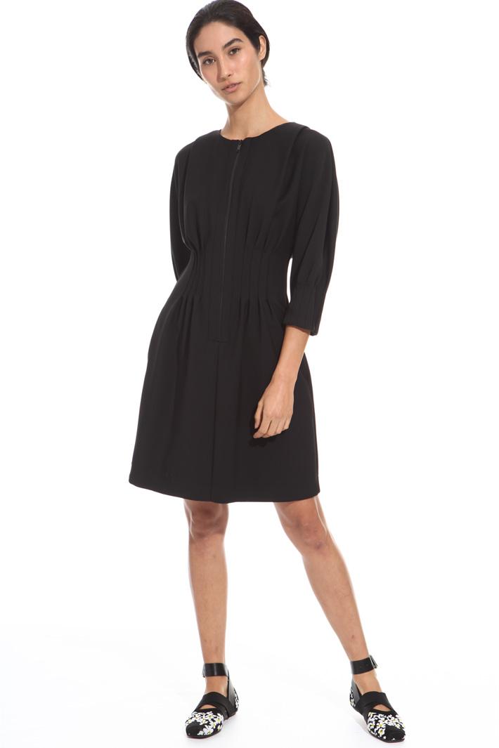 Pleated waist dress Intrend