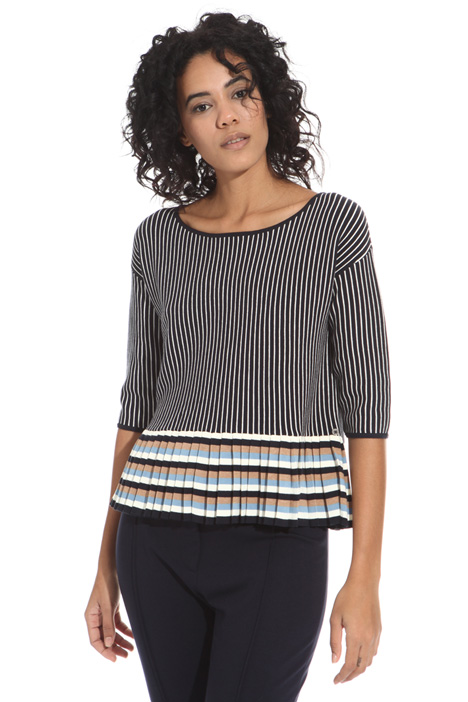Pleated hem sweater Intrend