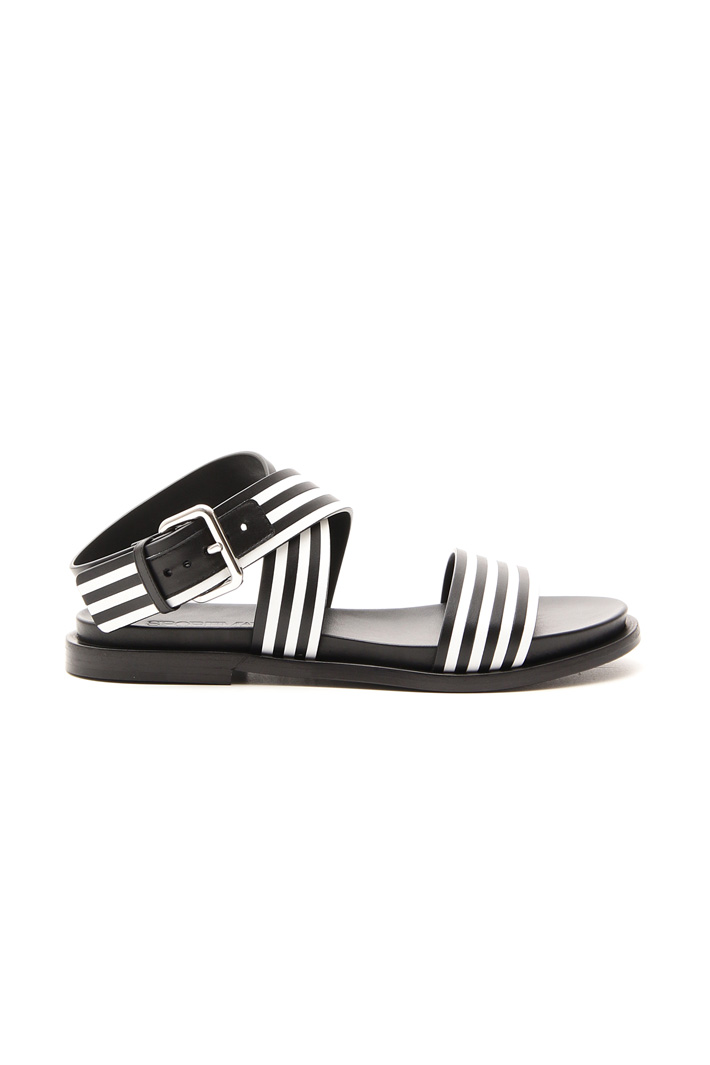 Flat sandal Intrend