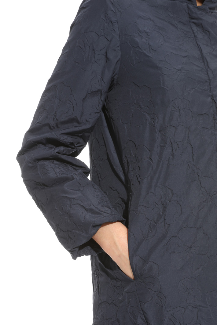 Parka with raised pattern Intrend