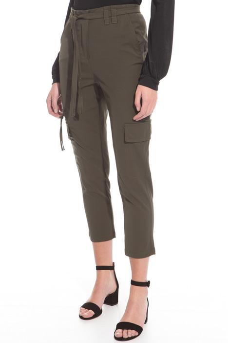 Pantalone cargo in gabardina Intrend