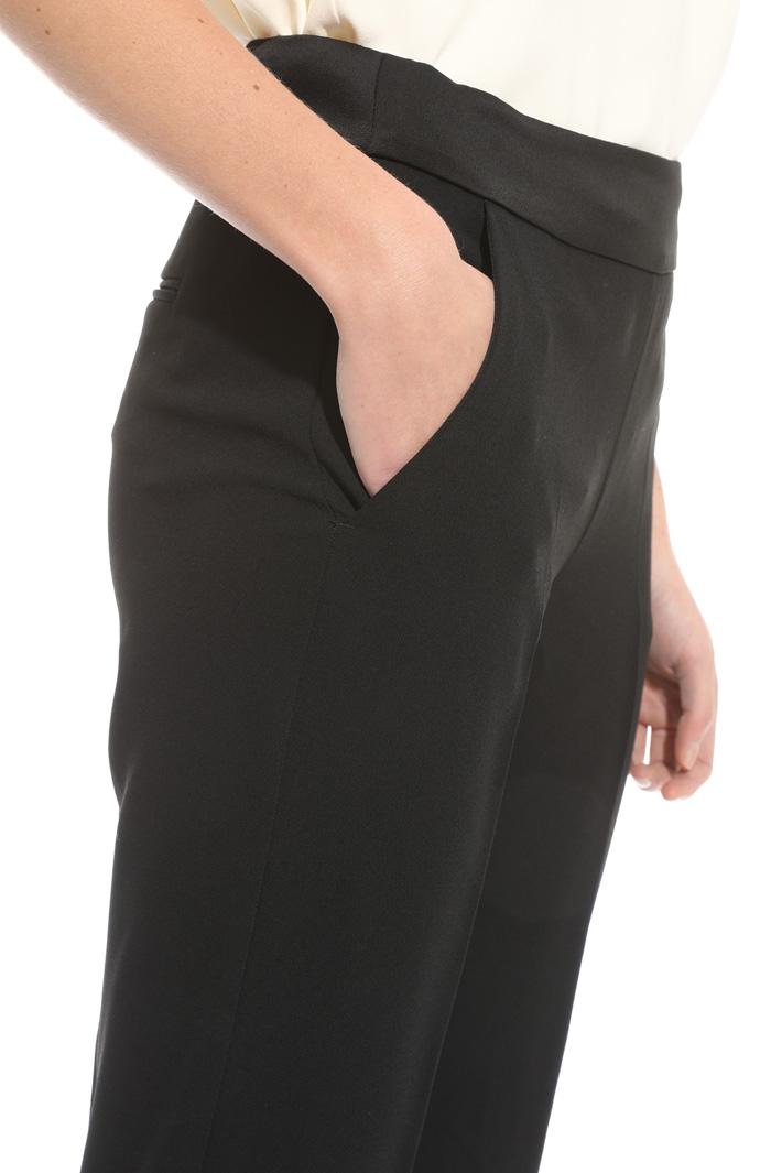 Pantalone in enver satin Intrend